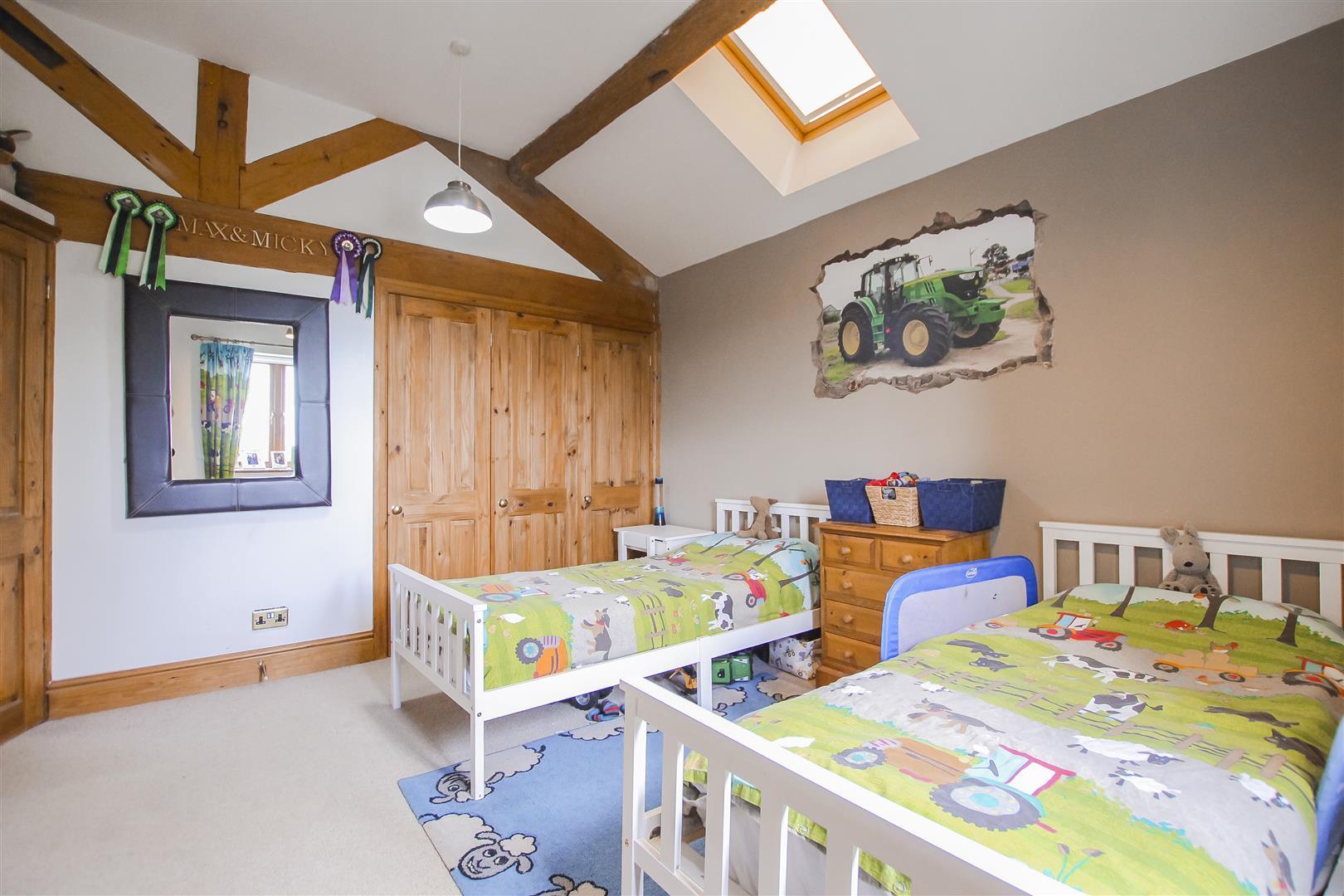 4 Bedroom Semi-detached House For Sale - Image 20